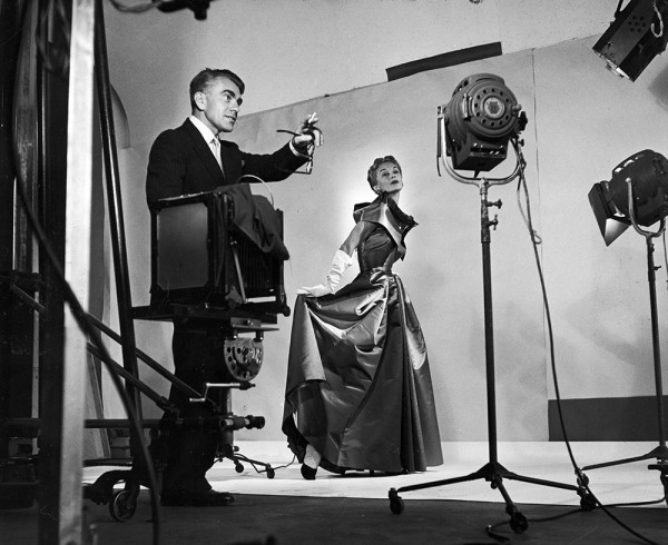 Horst directing fashion shoot with Lisa Fonssagrives, 1949. Photo by Roy Stevens/Time